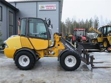 2006 Volvo L25B Loaders