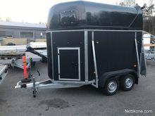 2017 Niewiadow Black Horse Trai
