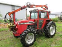 1981 Massey Ferguson 590