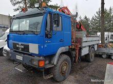 1995 MAN 10.223 4x4 with crane