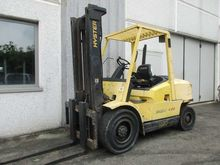 Used 2000 Hyster H4.