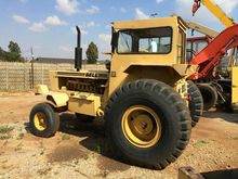 BELL 1206 tow tracktor