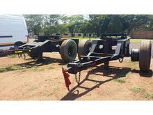 Used SINGLE AXLE in