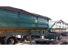 2010 INTERLINK SIDE TIPPER