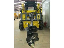 2017 AUGER ATTACHMENT HYDRAULIC