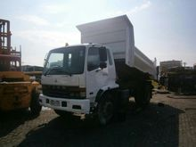 2006 MITSUBISHI SINGLE AXLE Spe