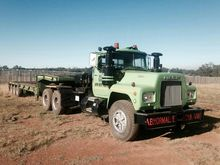 Mack Premium With winch and 3 A