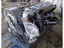 DEUTZ F6L913 TURBO ENGINE