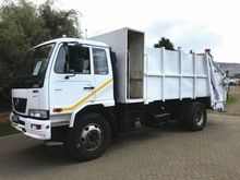 2011 NISSAN UD80 Refuse Compact