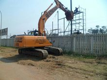 Used CASE CX210 HYDR