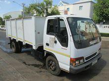 Used 2000 ISUZU NQR