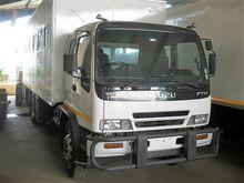2010 ISUZU F-SERIES 800