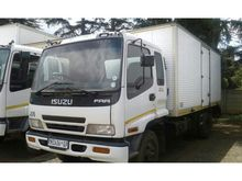 Used 2004 ISUZU FRR