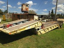 HYSTER 2 AXLE LOWBED TRAILER