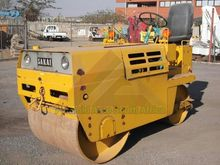 SAKAI SV25  Sit-On Road Roller