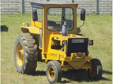 BELL 754 TOW TRACTOR