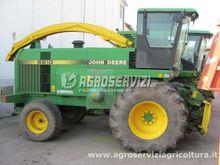 1993 John Deere 6910 Self-Prope