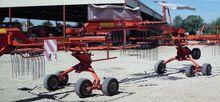 2005 Kuhn GA 7822 Rake
