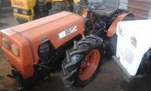 MINI TRACTOR AGRIA 8900