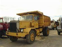 1975 AUTOCAR ACL64B