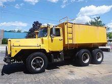 1982 MACK DM800