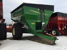 Demco 750 grain cart