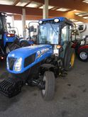 New Holland T4.75V fruit and wi