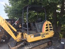 Used Holland EC35 in