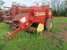 Used Holland 2000 in