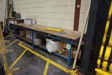 x Work Benches 2584 300