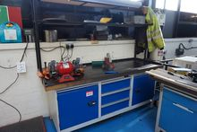 Workbench with 3 Drawers and 2