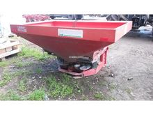 Used Kuhn MDS932 in