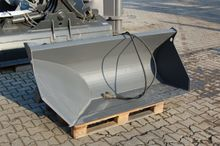 Side tipping bucket, volvo l30