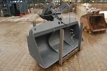 2010 Digging bucket hydraulic -