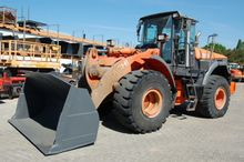 2006 Hitachi ZW 220 wheel loade