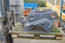 2010 Quick hitch - hydraulic -