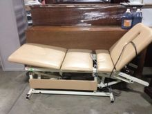 Tru-Trac Treatment Table Variab