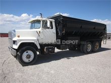 Used 1976 FORD 9000