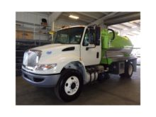 2017 INTERNATIONAL 4300 SEPTIC