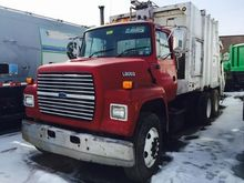 1995 FORD L 8000 GARBAGE TRUCK