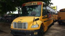 2006 THOMAS COMMERCIAL BUS Bus