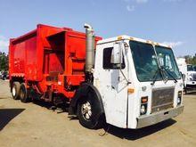 1996 Mack LE 613 Garbage truck