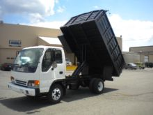 Used 2003 ISUZU NPR