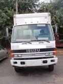 1993 ISUZU FSR BOX TRUCK - STRA