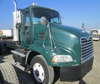 2004 MACK VISION CAB CHASSIS