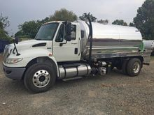 2012 INTERNATIONAL 4300 SEPTIC