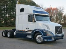 Used 2005 VOLVO VNL