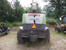 2004 CLAAS JAGUAR 890 Harvester