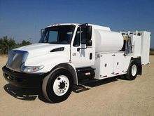 2006 INTERNATIONAL 4300 FUEL TR