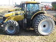 2009 CHALLENGER MT675C Tractors